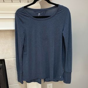 Gap fit size small